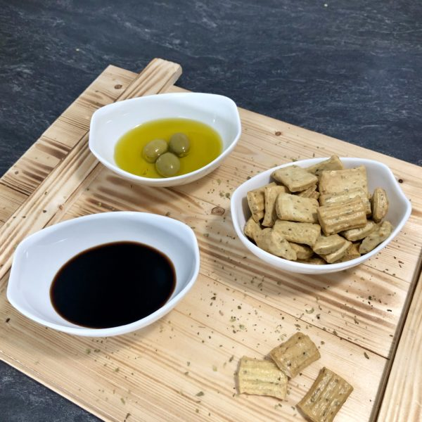 Feinschmecker Präsentkorb mit Wein & italienischen Spezialitäten aus der Toskana