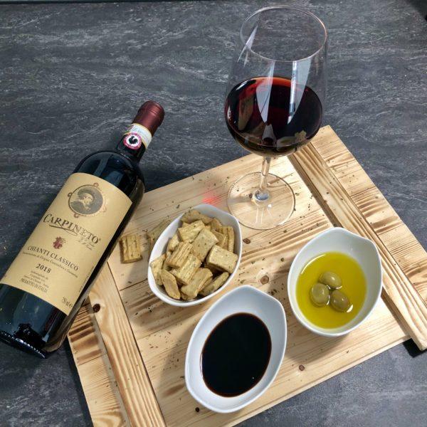 Die Weinbox mit italienischem Rot Wein trocken für Weinliebhaber. Das Weinset ist als Geburtstagsgeschenk